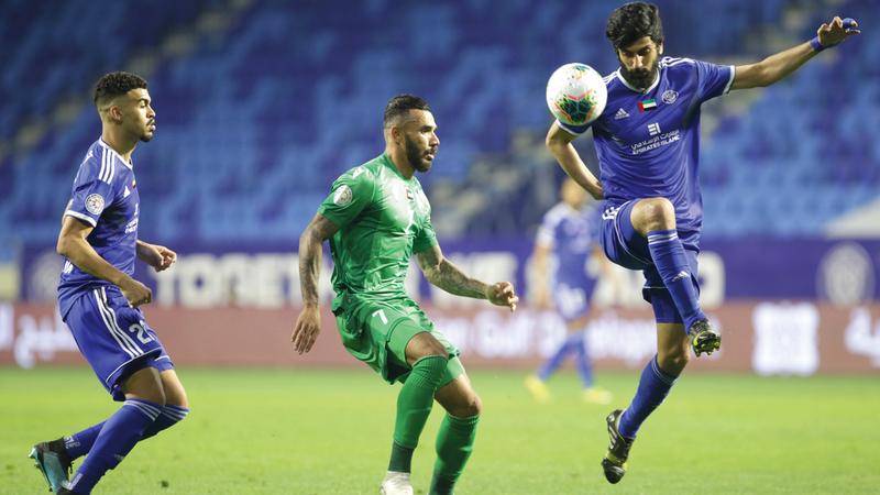 النصر يحمل لقب النسخة الأخيرة من كأس الخليج العربي. تصوير: مصطفى قاسمي