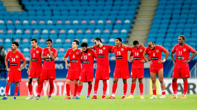 شباب الأهلي ودع دوري أبطال آسيا من دور الــ 16 بركلات الترجيح أمام الأهلي السعودي. ■ من المصدر