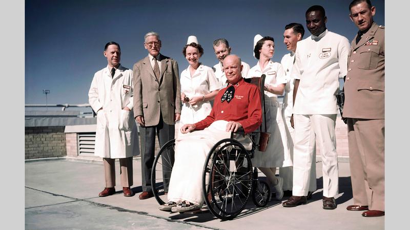الرئيس أيزنهاور لم يُظهر أية علامات على وجهه جراء إصابته بنوبة قلبية. أرشيفية