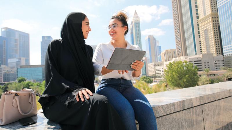 دبي واحدة من أفضل الوجهات التي تتوافر فيها عقارات متنوعة ومميزة على مستوى العالم.  من المصدر