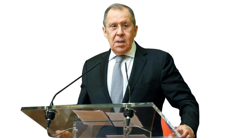 سيرغي لافروف: «روسيا لا تتفق مع تركيا بشأن إمكانية الحل العسكري للنزاع في الإقليم الانفصالي».