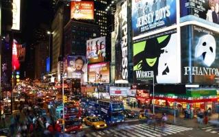 الصورة: بسبب «كورونا» السيارات المستعملة تجتاح نيويورك