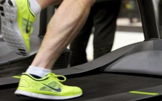 الصورة: 3 نصائح مهمة لزيادة فعالية التدريب على جهاز الجري
