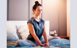 الصورة: 3 عادات يداوم عليها الأصحاء قبل النوم