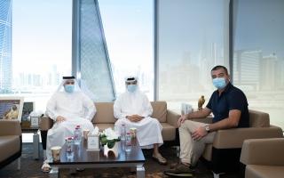الصورة: مجلس دبي الرياضي يبحث التعاون مع الاتحاد الأوروبي لكرة القدم