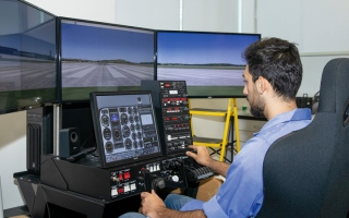 الصورة: جامعة الإمارات تطرح برنامج «العلوم في هندسة الطيران»