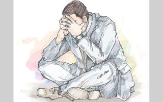 الصورة: مراجعون لعيادات نفسية.. والسبب «نقص الفيتامينات»