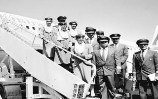 """الصورة: في الذكرى الـ 35 على انطلاق """"رحلة طيران الإمارات"""".. هذه أبرز المحطات في تاريخ الناقلة"""