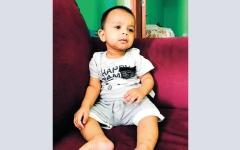 الصورة: متبرع يسدد 5370 درهماً كلفة الفحص الجيني للطفل «إبراهيم»