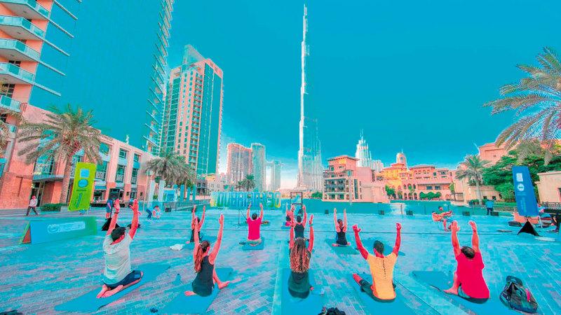 تحدي دبي للياقة يجمع سكان المدينة حول الرياضة.   من المصدر