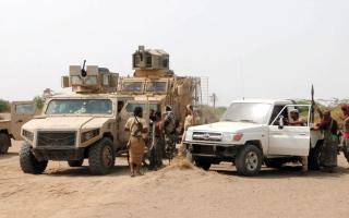 الصورة: الجيش اليمني والقبائل يكبدان ميليشيات الحوثي خسائر كبيرة بمحيط صنعاء