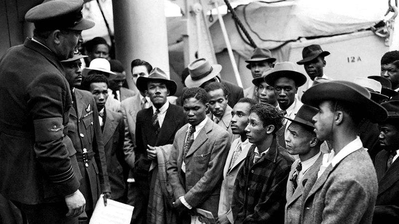 ضحايا فضيحة «وند رش» الذين استقبلتهم الحكومة البريطانية من جامايكا لبناء بريطانيا بعد الحرب العالمية الثانية.    من المصدر