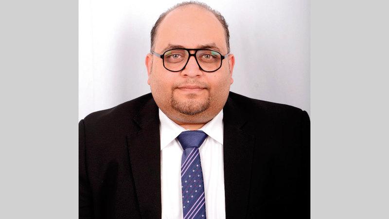 محمد حلمي:  «العمل من المنزل يوفر التكاليف والنفقات العامة، ويساعد على خفض كلفة التشغيل».