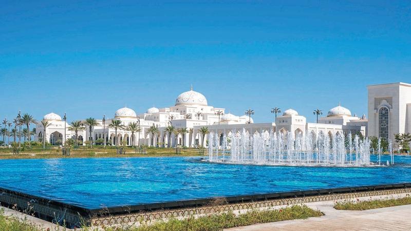 قصر الوطن صرح فني وحضاري في أبوظبي.   من المصدر