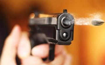 الصورة: جُندي ينتزع مسدساً من ضابط ويقتل 3 أشخاص في روسيا