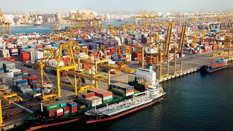دولة الإمارات مركز حيوي للتجارة والأعمال على مستوى المنطقة والعالم.  أرشيفية