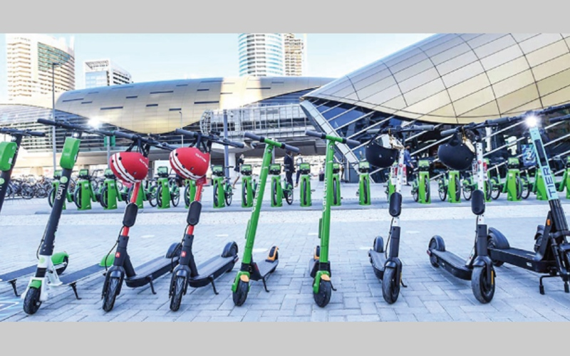 الصورة: غرافيك.. «سكوتر» دبي.. وسيلة تنقل نظيفة وآمنة بالأماكن المرخصة