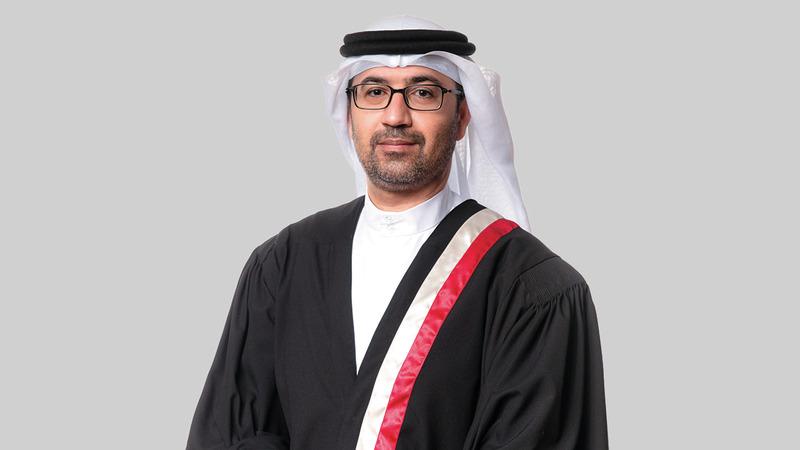 القاضي خالد الحوسني: «جائحة (كورونا) فرضت واقعاً مختلفاً.. لعله إحدى المزايا القليلة لها».