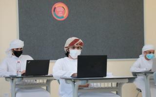 الصورة: طلبة الـ 12 يشيدون بسهولة امتحانَي «العربية» والعلوم الصحية