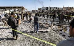 الصورة: مقتل 8 أشخاص بانفجار سيارتين مفخختين في شمال سورية