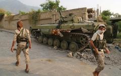 الصورة: الجيش اليمني يرفض طلباً حوثياً بوقف القتال على جبهات مأرب والجوف