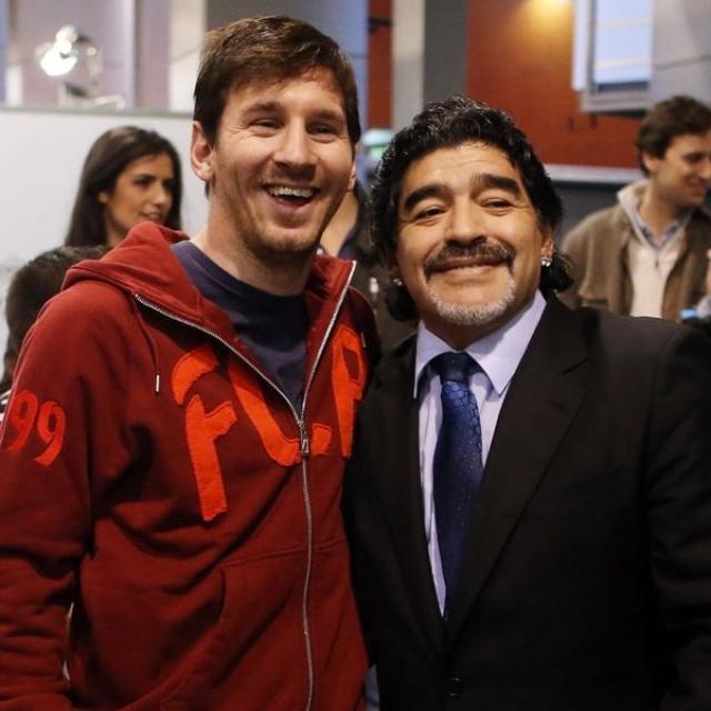 """صورة ميسي عن رحيل مارادونا: """"يوم حزين للغاية.. تركنا ولكنه لن يغادر قلوبنا"""" – رياضة – عربية ودولية"""