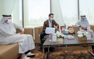 الصورة: «دبي الرياضي» يبحث التعاون وفرص الاستثمار مع نادي هابويل تل أبيب