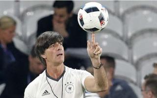 رئيس الاتحاد الألماني يرفض التعليق بشأن المدرب لوف