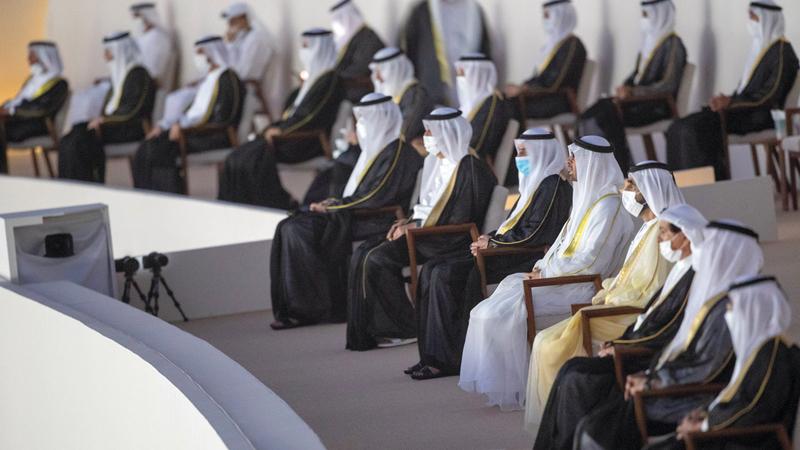 محمد بن راشد ومحمد بن زايد والحكام خلال الاحتفال باليوم الوطني الـ49.  من المصدر