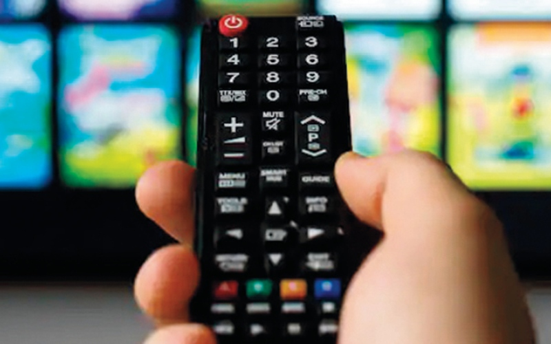 الصورة: تحذيرات من قدرة التلفاز الذكي  على «التجسس» وجمع المعلومات