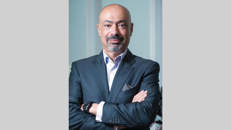 حاتم دويدار:  «(اتصالات) أصبحت مسهماً رئيساً في شبكة الجيل الخامس على الصعيدين الإقليمي والدولي».