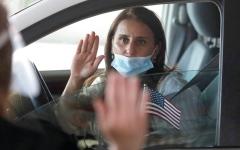 الصورة: الاختبار الجديد للحصول على الجنسية الأميركية  طويل وأكثر صعوبة