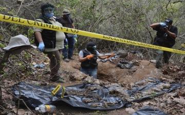 الصورة: 131 جثة في مقبرة جماعية.. ضحايا عصابات إجرامية بالمكسيك