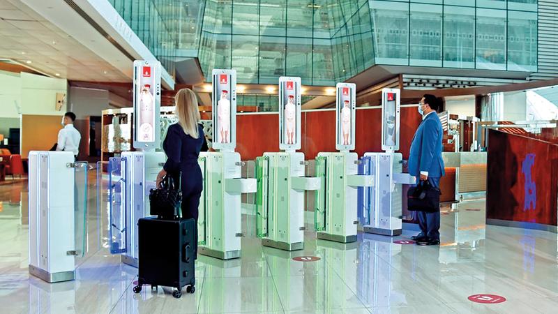 من المتوقع أن يتغير معدل أسعار تذاكر الطيران حسب الوجهة والبلد.■ أرشيفية