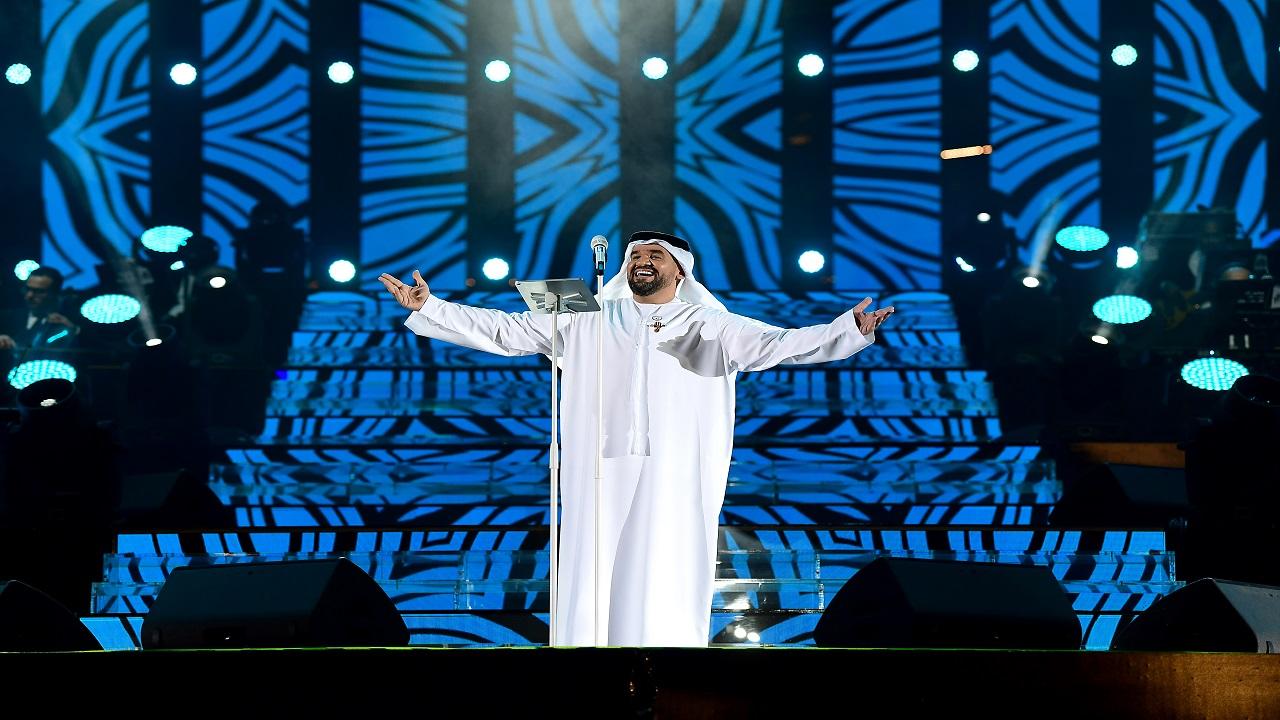 حسين الجسمي أطرب الجمهور بباقة من أغانيه. تصوير: باتريك كاستيلو