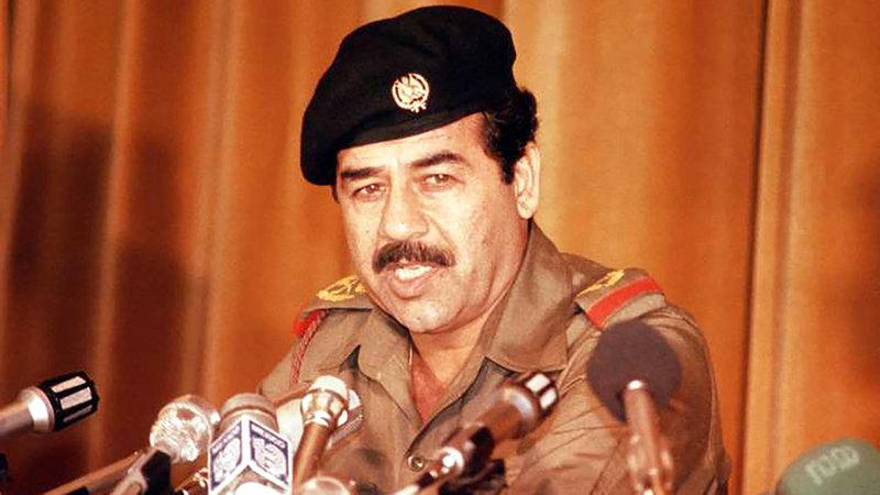 عمرو موسى حذر صدام حسين من مغبة الخطر الأجنبي الذي يتهدد العراق. أرشيفية