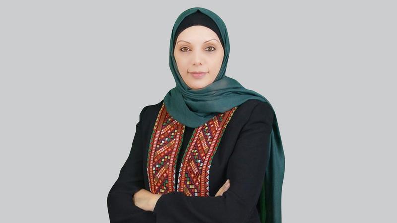 المعلمة «زيادة» حاصلة على جوائز دولية عدة في التعليم.  الإمارات اليوم