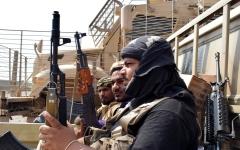 الصورة: الجيش اليمني والقبائل يواصلان التقدم في محيط صنعاء