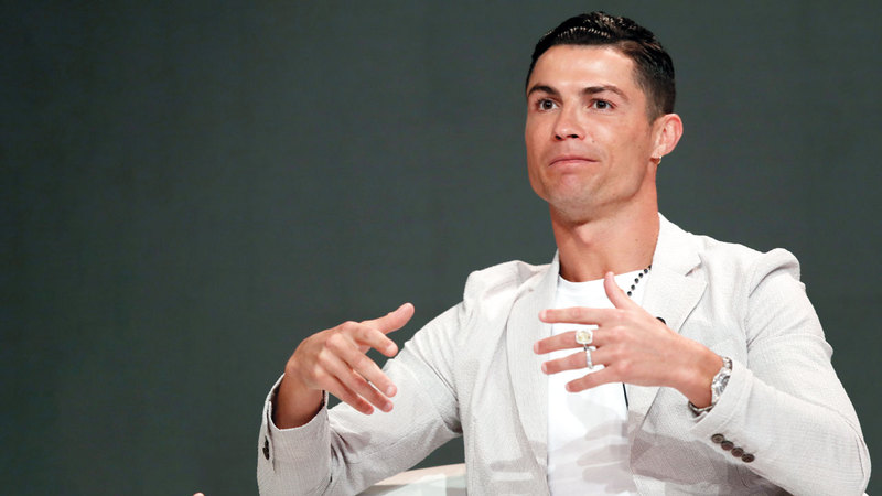 رونالدو سبق له المشاركة مراراً في نسخ سابقة لمؤتمر دبي الدولي.   إي.بي.إيه