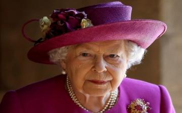 الصورة: الملكة إليزابيث تشتكي من انفصال هاري عن العائلة الملكية في مقطع فيديو زائف