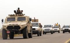 الصورة: قوات التحالف: الحوثيون أطلقوا صاروخاً باليستياً سقط داخل الأراضي اليمنية
