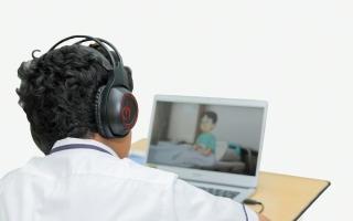 الصورة: الدراسة عن بُعد في مدارس أبوظبي لأول أسبوعين من الفصل الدراسي الثاني