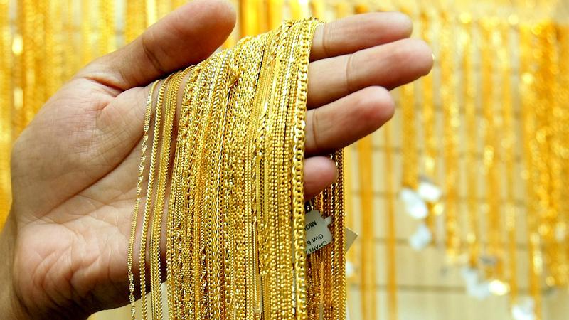 200 متجر ذهب ومجوهرات تشارك في الدورة الحالية من مهرجان دبي للتسوّق.   الإمارات اليوم