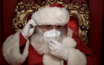 الصورة: «سانتا كلوز» يتسبب فى وفاة 26 شخصا بدار مسنين فى بلجيكا