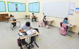 الصورة: انتظام أكثر من 19 ألف طالب وطالبة بمدارس الشارقة الخاصة وفق اشتراطات وإجراءات احترازية مشددة