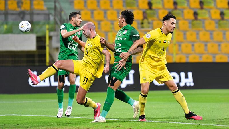 فترة الانتقالات الصيفية شهدت 1147 معاملة قيد للاعبين تصوير: أسامة أبوغانم