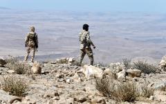 الصورة: القوات المشتركة تحرّر 4 مواقع استراتيجية في البيضاء