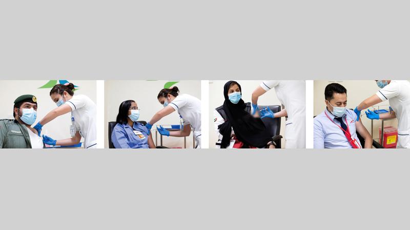 حملة واسعة للتطعيم ضد الفيروس بدأت بالفئات ذات الأولوية.  من المصدر