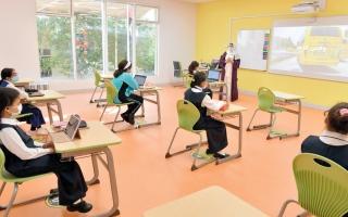 الصورة: مدارس تضع خططاً احترازية لعودة الطلبة إلى الصفوف