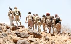 الصورة: عملية نوعية للجيش اليمني على مواقع الحوثي في جبهات نهم